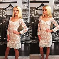 Вечернее платье из итальянского кружева со стеклярусом
