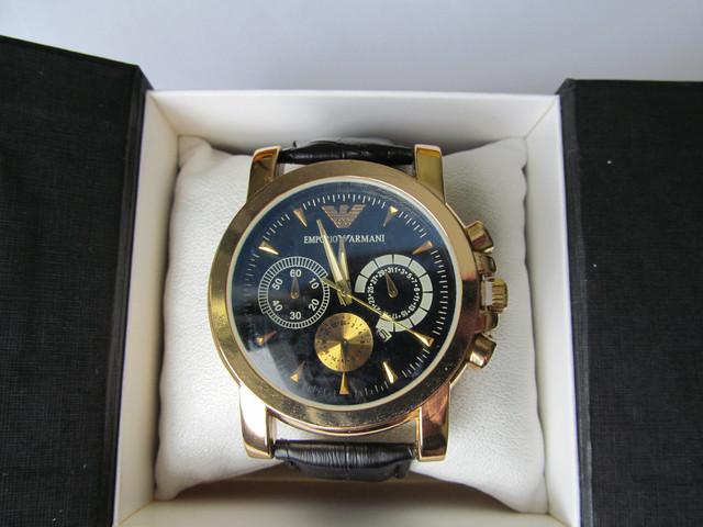 часы мужские на руку наручные с черным циферблатом золотистые ЕА  Emporio Armani