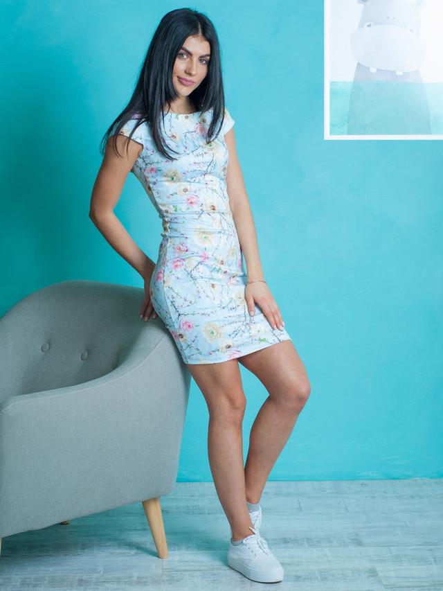 Нарядное платье из жаккарда