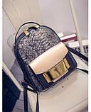 Рюкзак женский с отделкой под рептилию (серебристый), фото 4