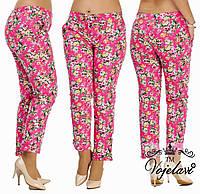 Летние джинсы с цветочным принтом в разных цветах  48-54