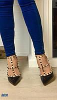 Стильные женские босоножки Valentino материал эко кожа, каблук 11 см. Цвет черный