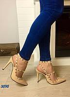Стильные женские босоножки Valentino материал эко кожа, каблук 11 см. Цвет бежевый