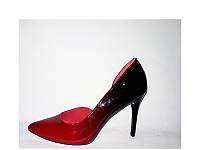 Женские туфли лодочки красного цвета
