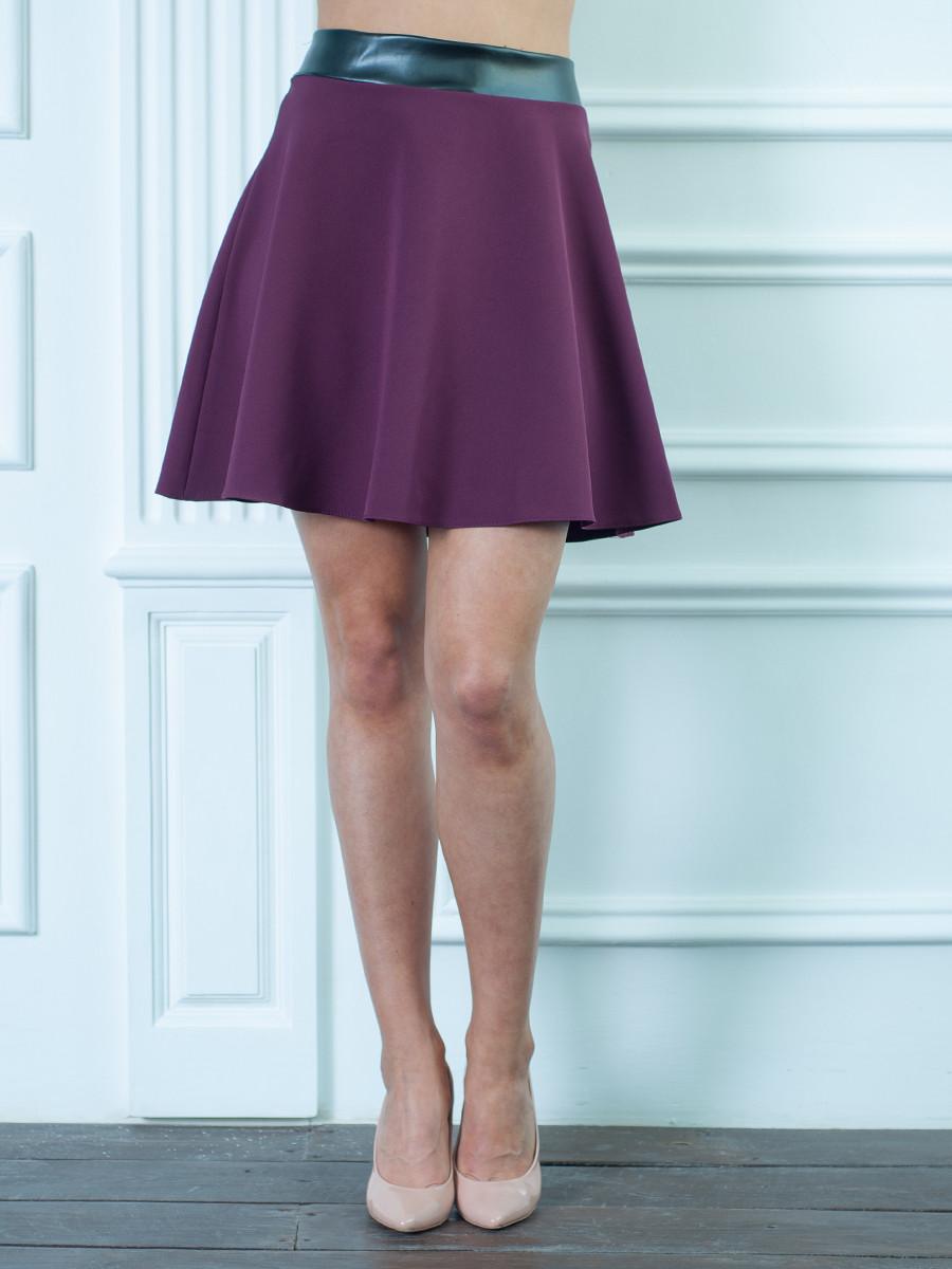 Молодежная юбка бордовая.