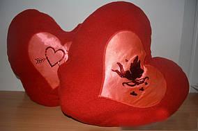 Красивая подушка Сердечко
