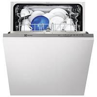 Посудомоечная машина Electrolux ESL 5201 LO (встраиваемая электролюкс, ширина 60 см, 13 комплектов)