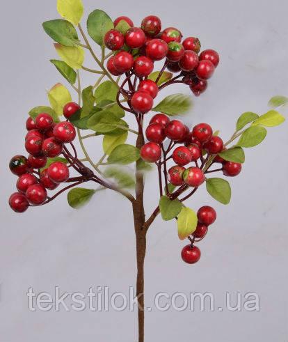 Гілка Глоду з ягодами червона 32 см штучна зелень
