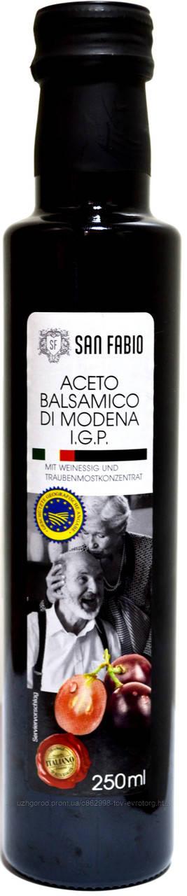 (Распродажа.Срок 26,05,2019) Уксус из крастного винограда San Fabio Aceto Balsamico Di Modena I.G.P. 250ml.