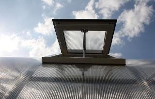 Дуся - Sun - автоматичний провітрювач для теплиць