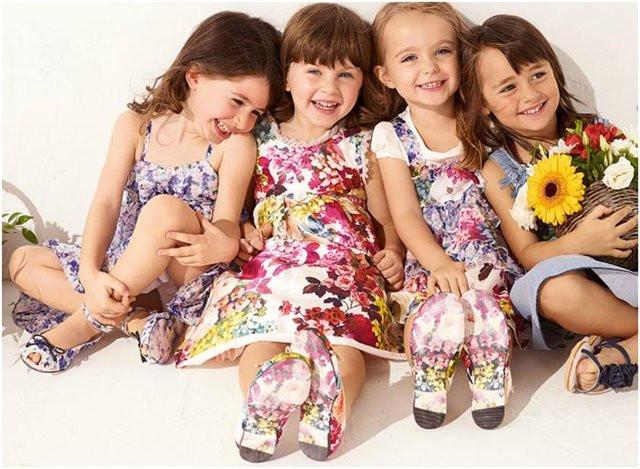Одежда для девочек.