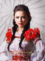 Плаття в українському стилі: модне поєднання традицій і сучасного дизайну