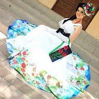 Незвичайні вечірні сукні в українському стилі