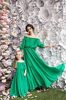 Яркие шифоновые платья макси для мамы и дочки в расцветках