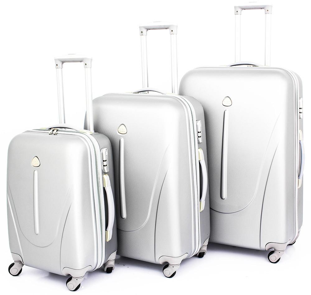 Набор чемоданов из поликарбоната 3 в 1 RYANAIR - 24ZIMALETO в Киеве 197ed4cca37