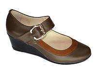 Женские туфли лодочка на среднем устойчивом каблуке
