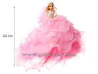 Кукла в бальном платье с воланами и шлейфом, светится