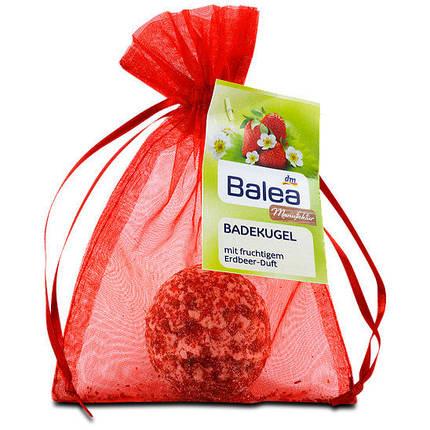 Шарики Balea для ванн с натуральным экстрактом клубники 50г, фото 2