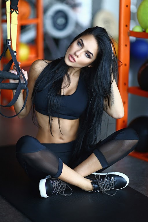 Sexy Black Net short capri костюм для фитнеса