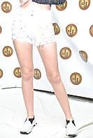 Американка белого цвета  шорты M. Sara белые