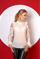 Молочная нежная блуза с воротом - стоечка