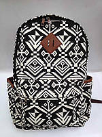 Рюкзак молодежный Черно-белый орнамент с внешним и боковыми карманами
