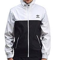 Мужская ветровка «Adidas» на молнии бело-черного цвета