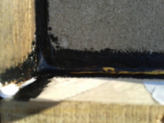 Для обеспечения вентиляции стен и отражения инфракрасного теплового излучения надо монтировать теплоизоляцию на расстоянии от стены 3-5 см., герметично и без щелей.