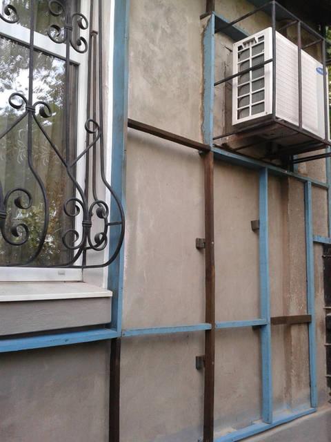 Основной тип крепления плёнки – это каркасная конструкция, которая крепится к отделываемой поверхности, наружной стене помещения.