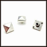 Декоративный элемент, серебро (0,8х0,8 см) 15 шт в уп