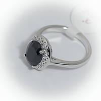 Кольцо серебристое с черным камнем
