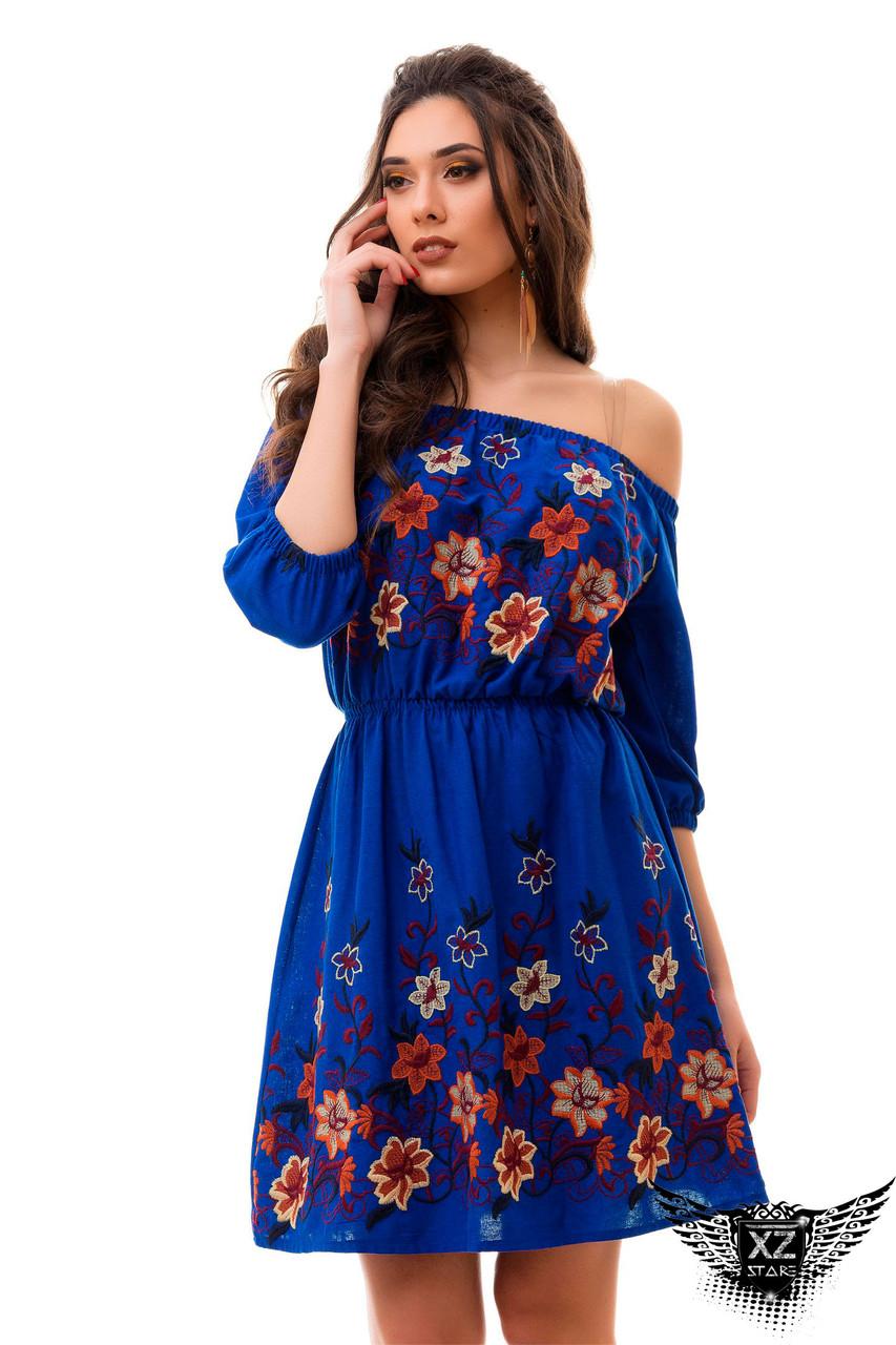 Синие платье с вышивкой