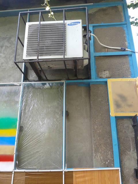 Прочность и долговечность покрытия. Гарантированный срок службы около 10 лет, причём поверхность не истирается и не трескается.