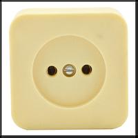 Розетка РА10 - 243 накладная одинарная белая (аминопласт) 10А 250В (керамика)