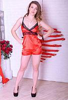 Яркий шелковый спальный комплект шортиками, красного крольору с черным кружевом