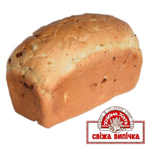 Хлібець з сиром і цибулею