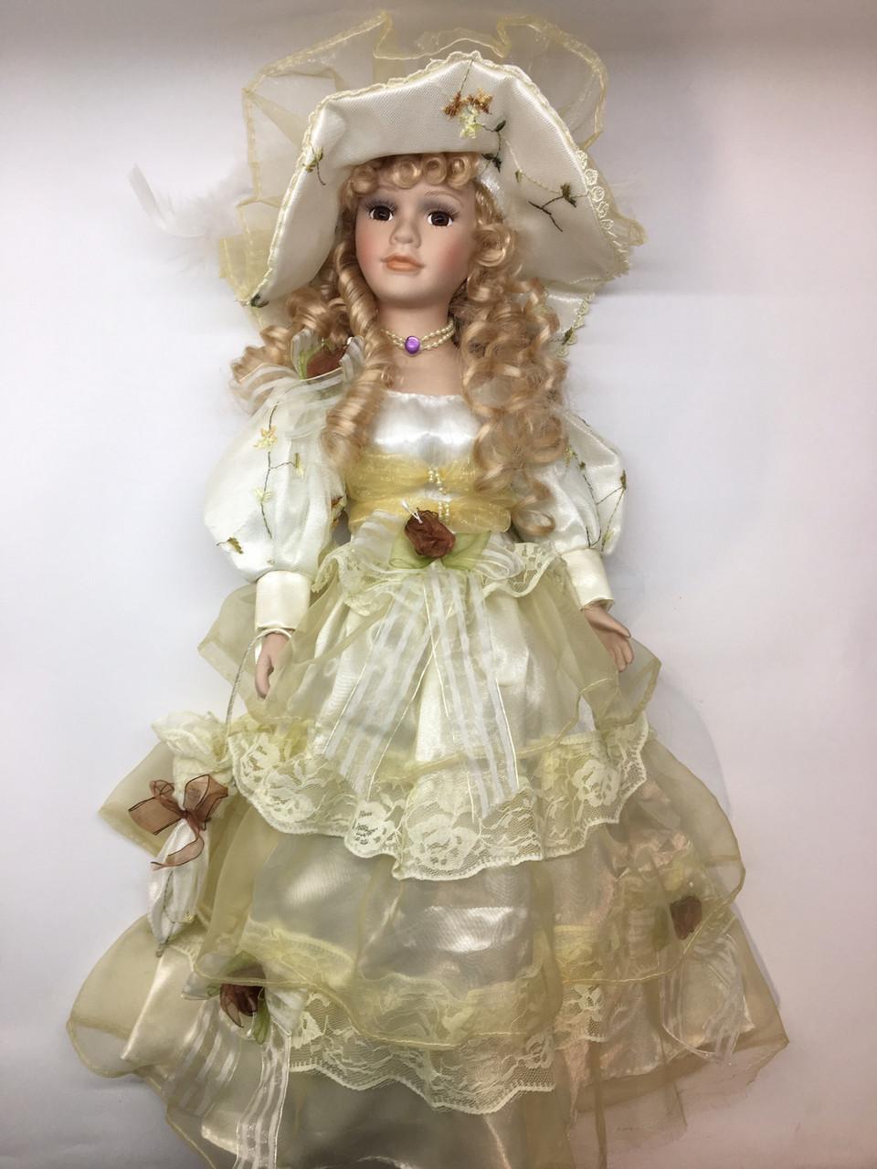 """Кукла сувенирная, подарочная фарфоровая, коллекционная 50 см """" Каролина """""""