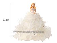 Кукла в бальном платье с воланами, на подставке, 4 вида,