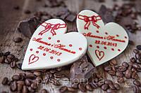 Подарок для гостей с персонализацией на шоколаде