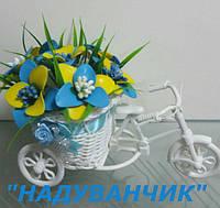 Велосипед та квіти з ненадутих (повітряних) кульок!