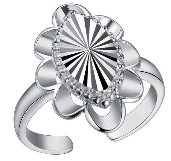 Кольцо Овал PJ196 / бижутерия, покрытие серебро/ размер регулируется/ цвет серебро