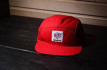 Пятипанельная кепка Reebok красная