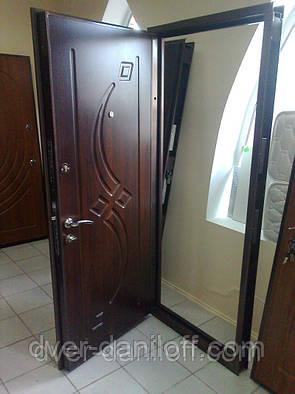 Установка входных металлических дверей в Киеве, фото 2