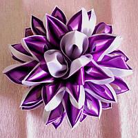 Заколка для волос Цветок Канзаши пышный бело фиолетовый