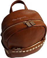 Рыжий рюкзак с квадратными украшениями , фото 1