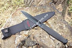 Нож тактический с  внушительным клинком с хорошей проникающей способностью