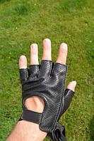 Перчатки из натуральной кожи и замши