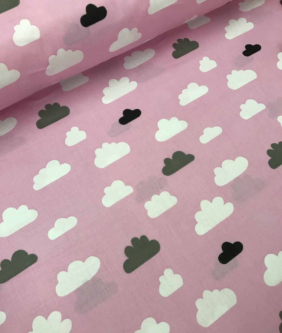 Хлопковая ткань польская облака черно-белые на розовом