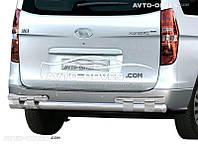 Защита заднего бампера на Hyundai H1 2008-... (на пластинах)