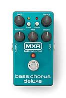 Хорус басовый MXR Bass Chorus Deluxe DUNLOP M83